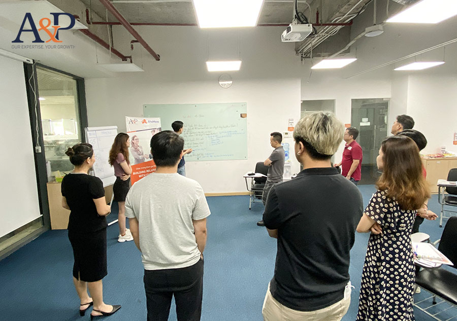 khóa học building relationship with partners
